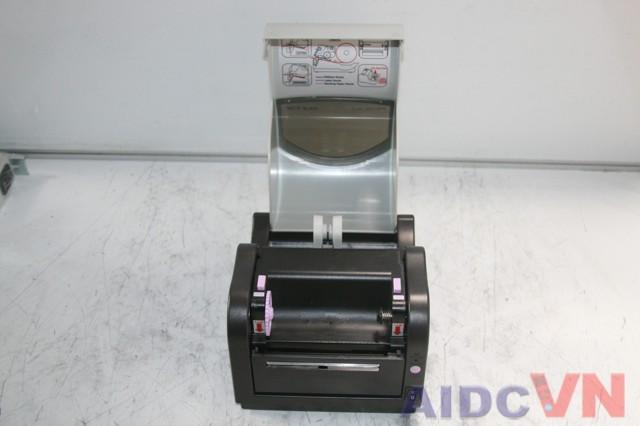 Máy in mã vạch SATO CX400 khi mở nắp ra