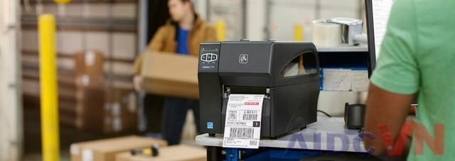Máy in nhãn Zebra ZT230 300dpi được ứng dụng trong các ngành công nghiệp