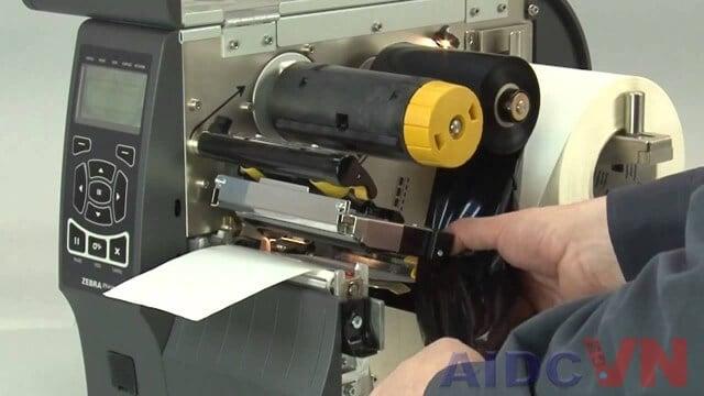 Thay thế giấy in cho máy in mã vạch Zebra ZT410 300dpi