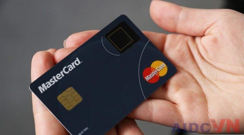 MasterCard đang triển khai ứng dụng công nghệ vân tay vào thẻ tín dụng