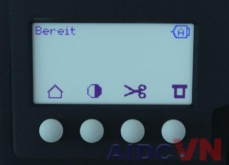 Màn hình hiển thị của máy in mã vạch Novexx XLP 50X