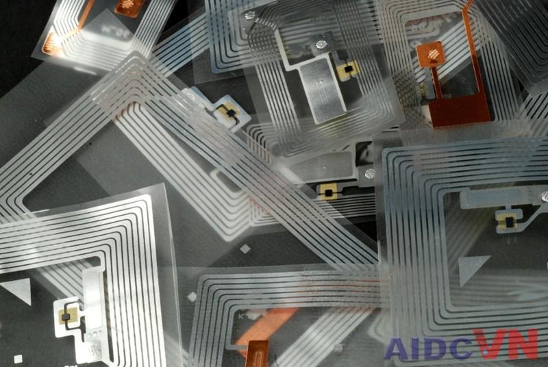 Công nghệ RFID sử dụng máy in mã vạch Zebra R110Xi4
