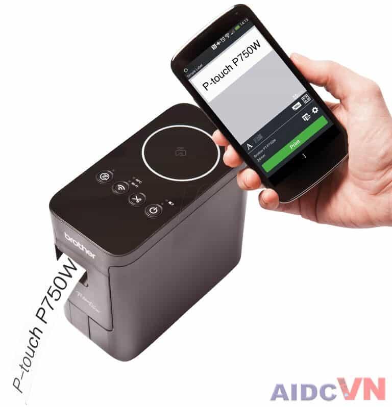 Máy in nhãn Broter pt-p750w có thể kết nối với điện thoại thông qua NFC